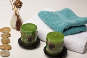 couples massage package with towels and hot stones