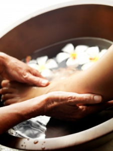 Foot massage and foot treatment